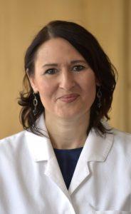 Delia Halili :: PKA (Pharmazeutisch-Kaufmännische-Assistentin) Ich bin in der Hegau-Apotheke zuständig für die Warenannahme sowie für die Gestaltung der Frei- und Sichtwahl.